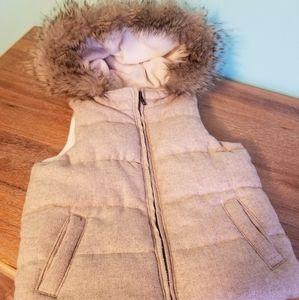 Faux fur hooded Gap vest 5T